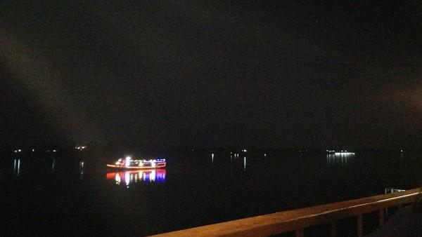 ล่องเรือ แม่น้ำโขง