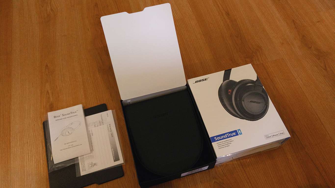 bose soundtrue around ear - unbox