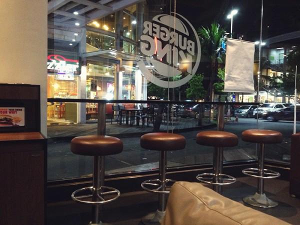 burger-king-on-wood-desk
